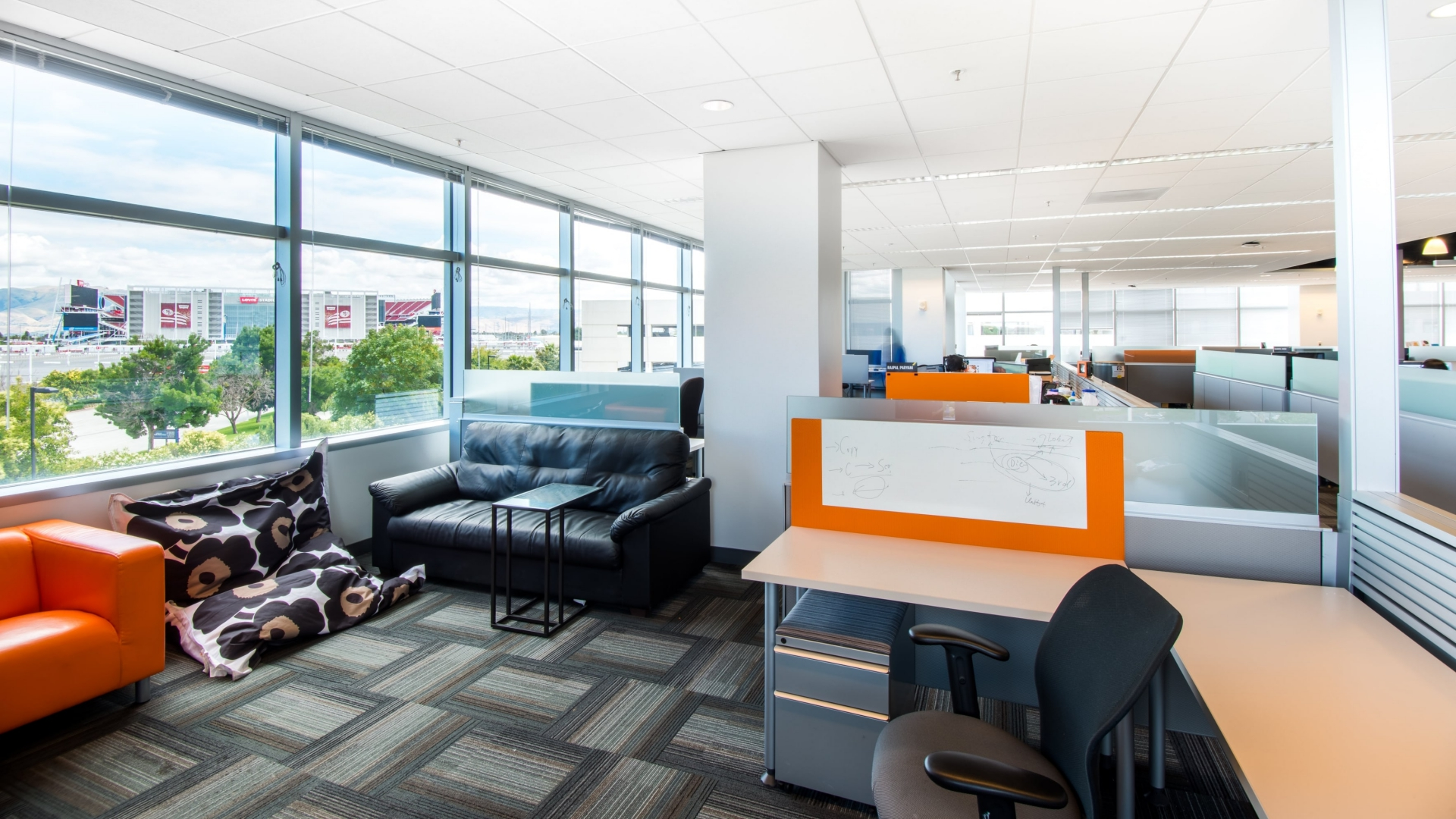 FaciliCorp of San Jose, California, managed workspace design and build for Telenav in Silicon Valley